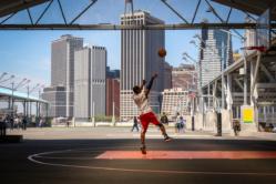 streetphotography New-York City Brooklyn playground